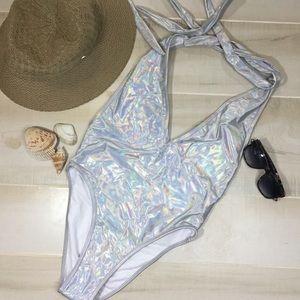 🧜♀️🧜♀️🧜♀️ Iridescent NWT Swimsuit 🧜♀️🧜♀️